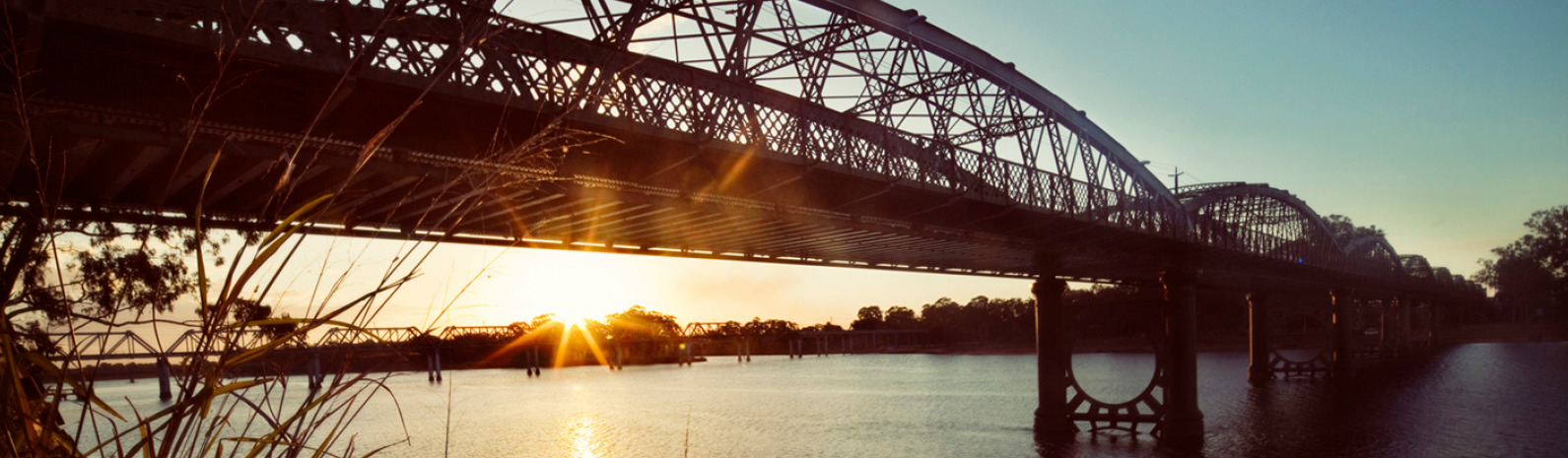 Burnett traffic bridge over burnett river at sunset 2