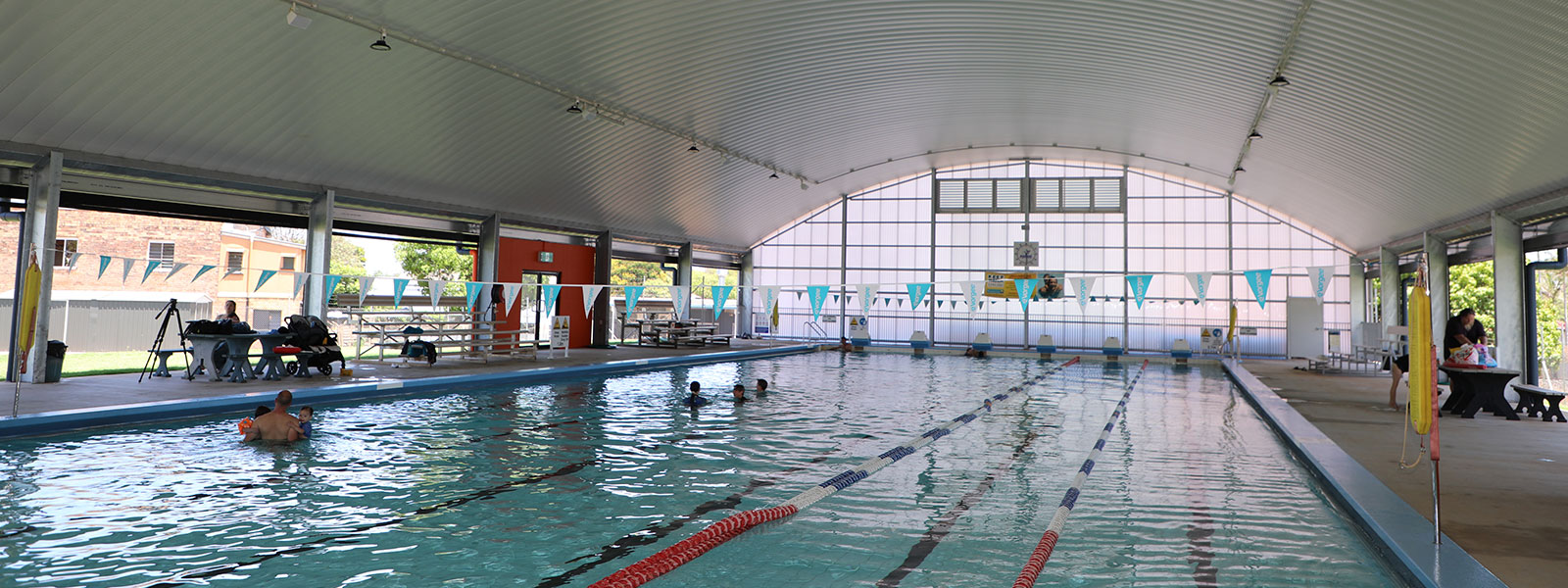 Childers pool reopening2